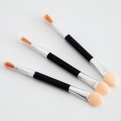 Kempinėle - teptukas pudrai ir pigmentui įtrinti 3 vnt.